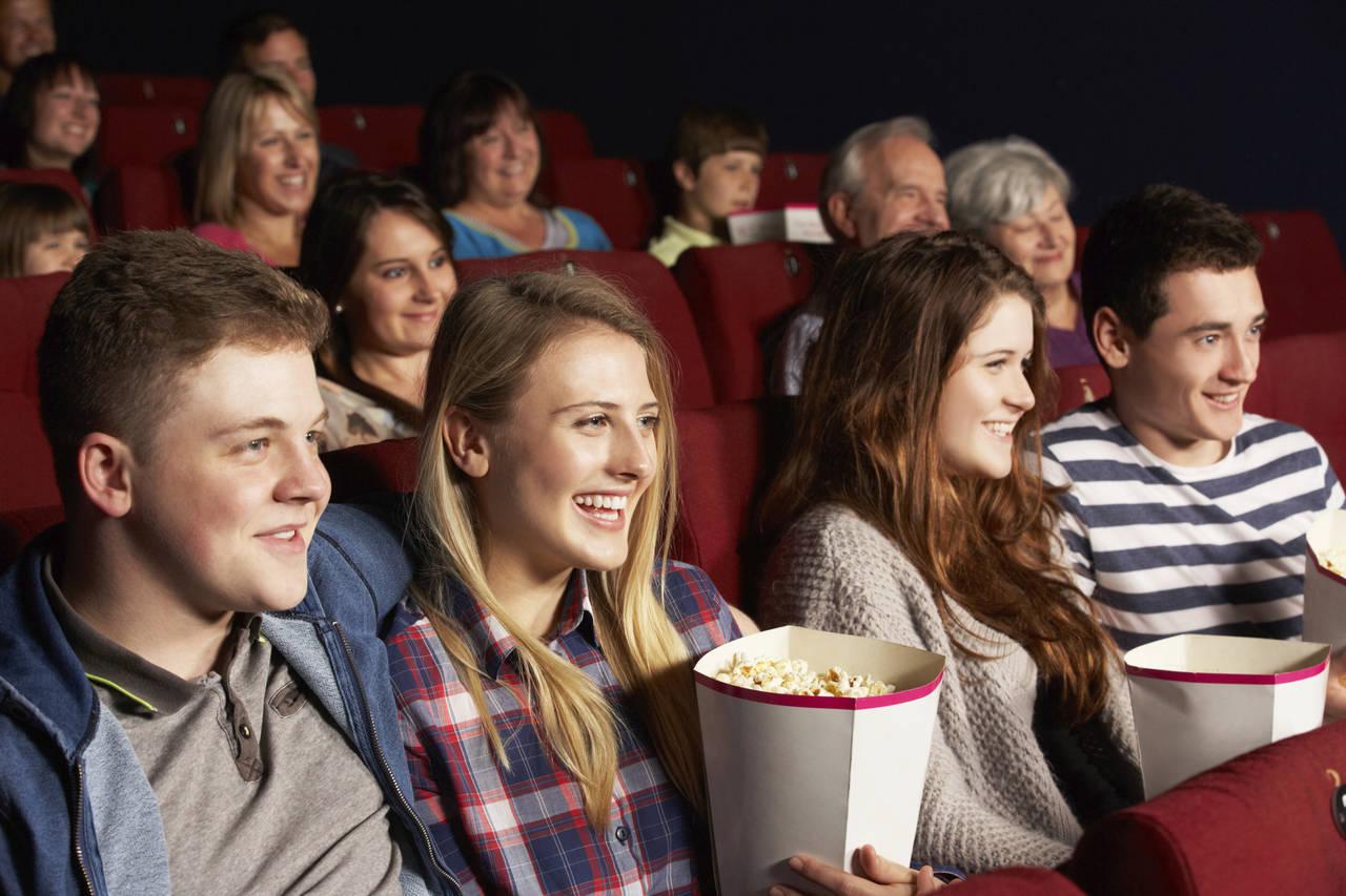 картинки ходить в кино любители-цветоводы, посадите многолетний
