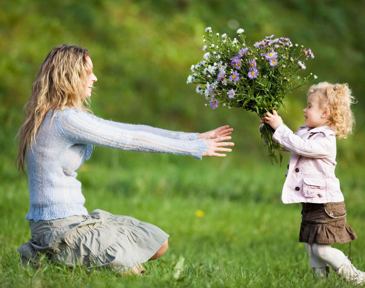 Маме знакомство на его цветы